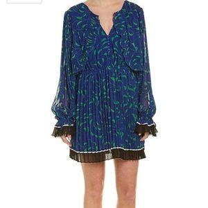 SELF-PORTRAIT CRESCENT CHIFFON PLEATED CAPE DRESS